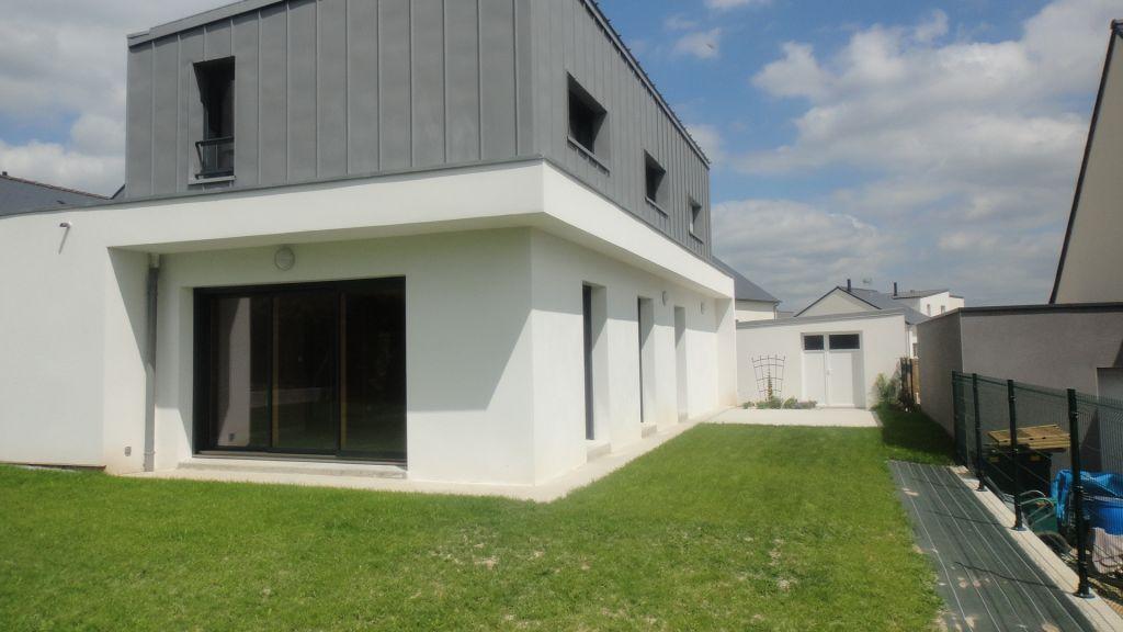 Vitre - Beau pavillon contemporain - 5 pièces 130m²