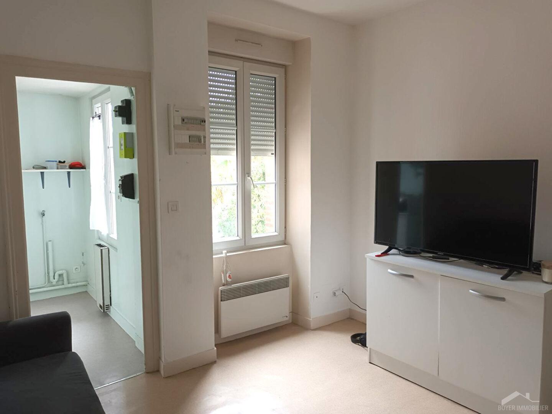 Appartement Laval 2 pièces 33m2