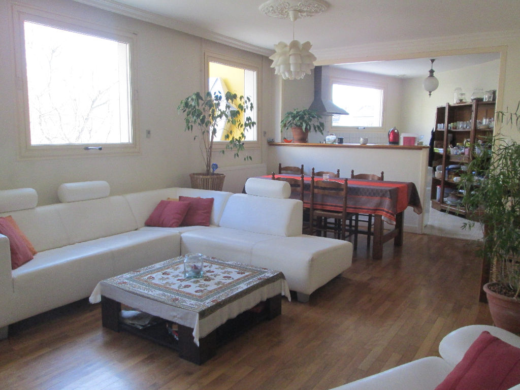 VITRE - Appartement 85m² 2 chambres