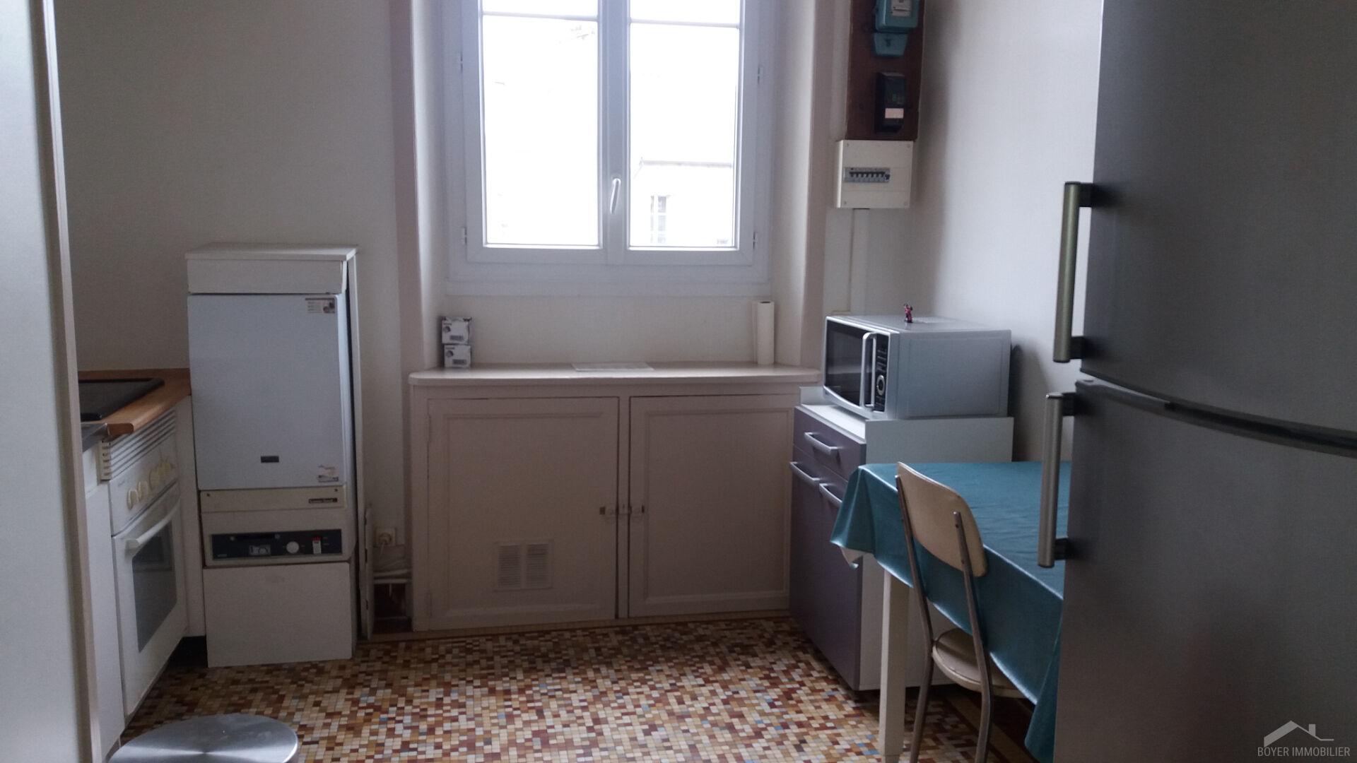 RENNES Place de Bretagne - Appartement T2 de 49m²