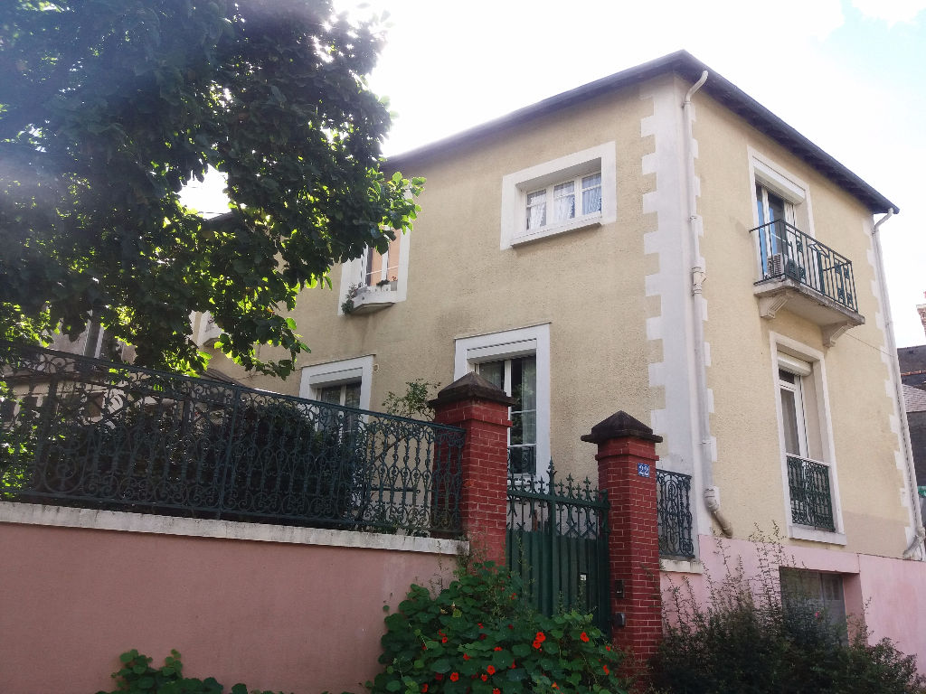 CENTRE VILLE RENNES Maison 5 pièce(s) 120 m2