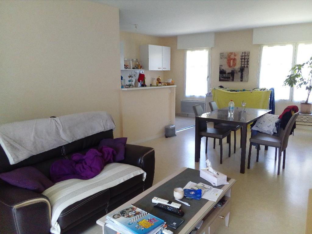Appartement Vitre 3 pièce(s) 69.40 m2-balcon