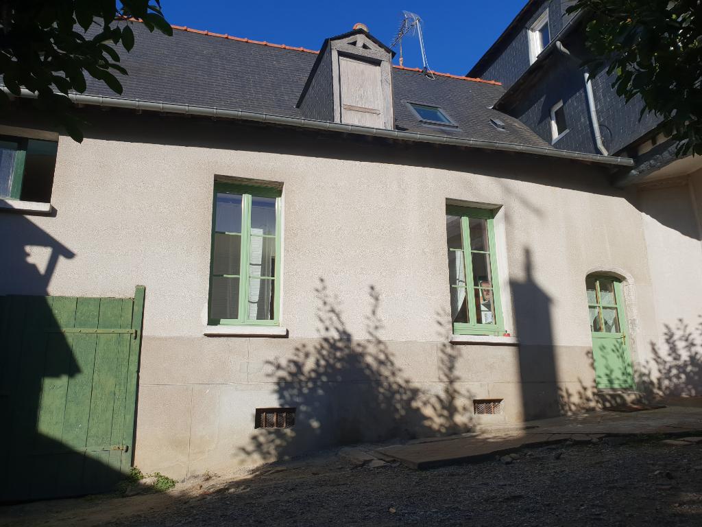 VITRE - Maison rue de Paris 100m² (dispo décembre)