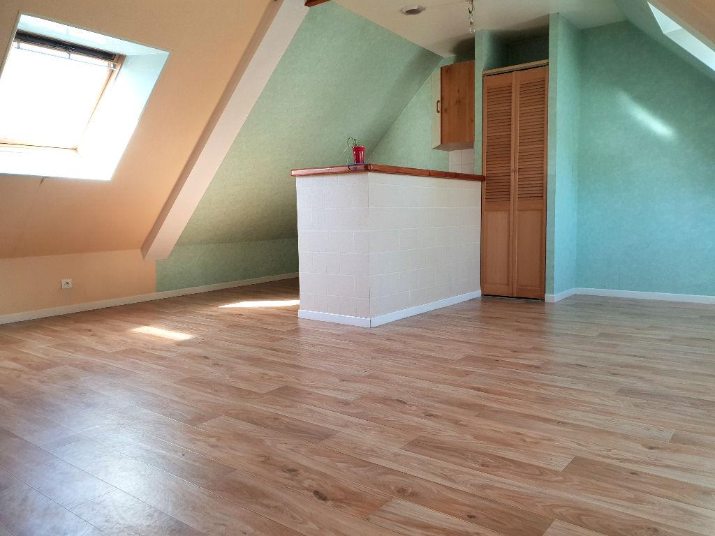 VITRE - Appartement 2 pièces de 31m²