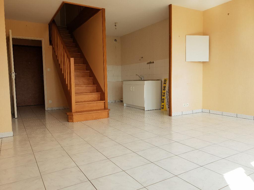 VITRE - Appartement T2 duplex 52m² avec garage